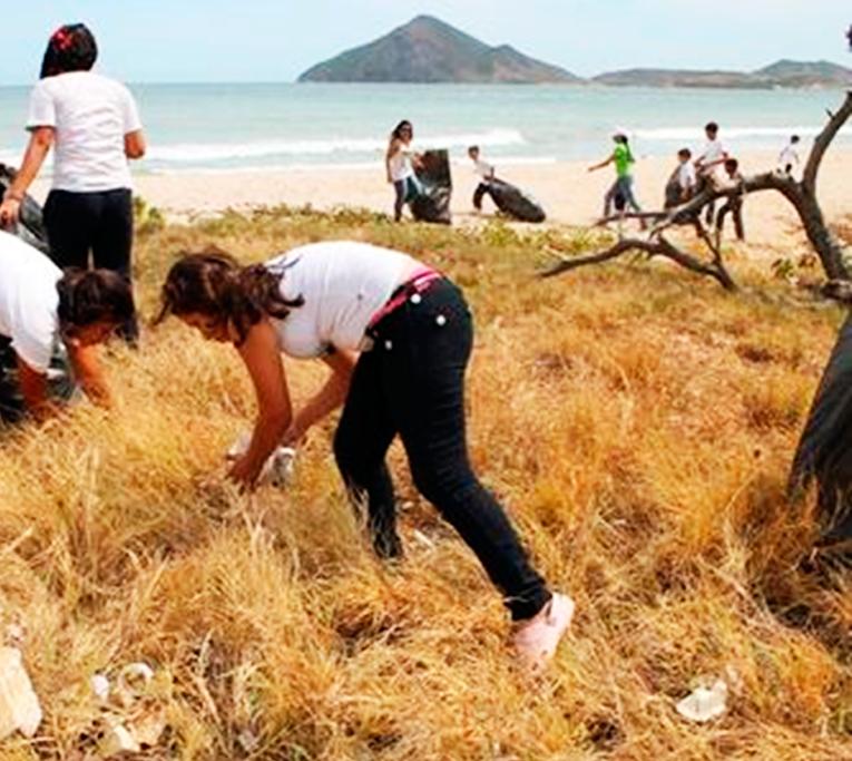 limpieza de playa econsciencia